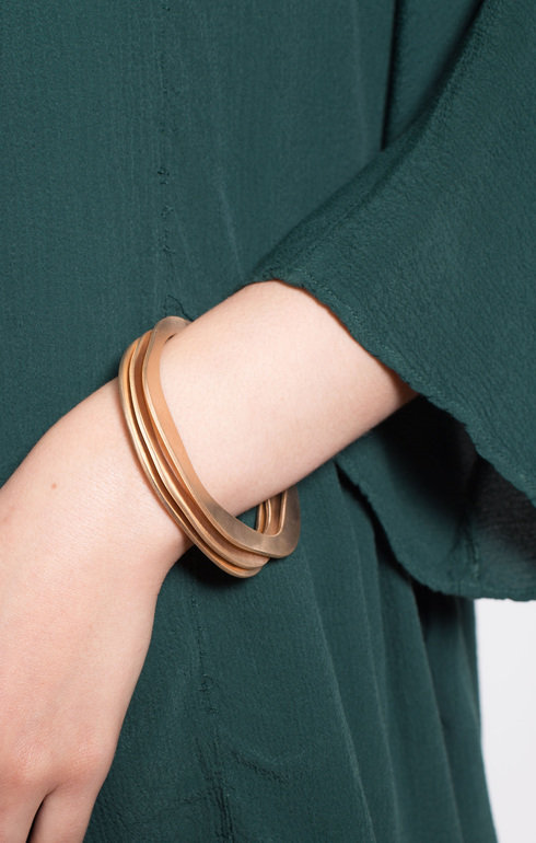 epitome_caths_braceletbronzeirregular_1504531303EpitomeShoot5214b.jpg