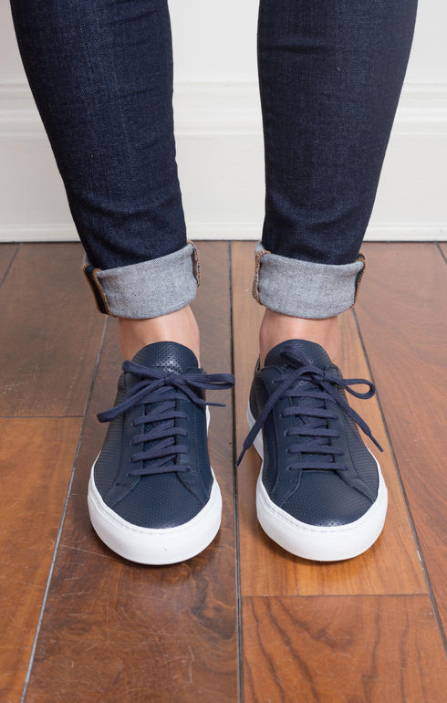 epitome_commonprojects_originalachillesperforatedlownavy_1516894634cc2006b.jpg