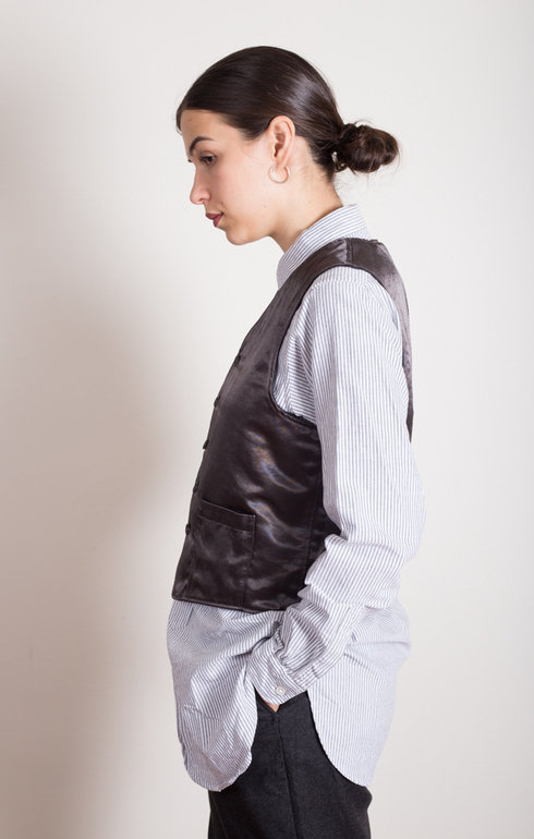epitome_engineeredgarmentsfwk_reversiblevestdkgreyworstedwool_1507816207EpitomeShoot6381.jpg