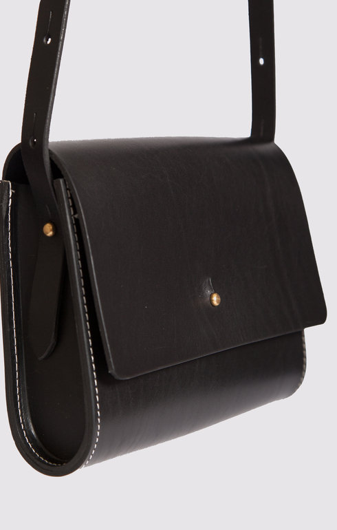 epitome_greenthomas_leatherbagblack_1466007137black.jpg