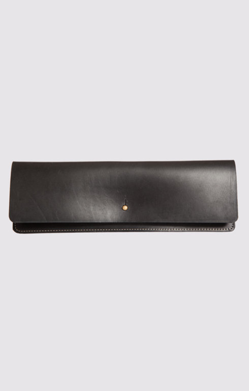 epitome_greenthomas_leatherclutchblack_1467299666blackclutch.jpg