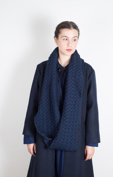 Cable Knit Moebius Loop Snood Dk. Navy