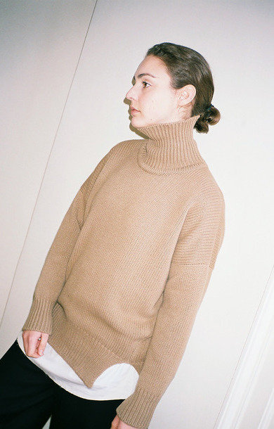 Double Split Roll Neck Cammello
