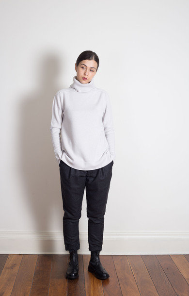 Plain Roll Neck Alabastro
