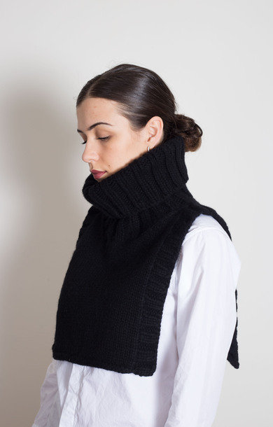 Roll Neck Bib Black