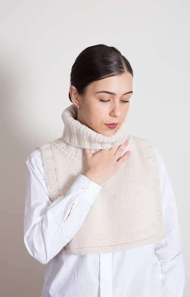 Roll Neck Bib Chalk