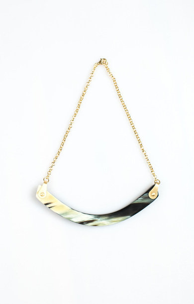 Necklace Horn Smile Choker Black