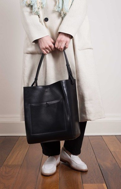 Medium Smooth Leather Shopper Black