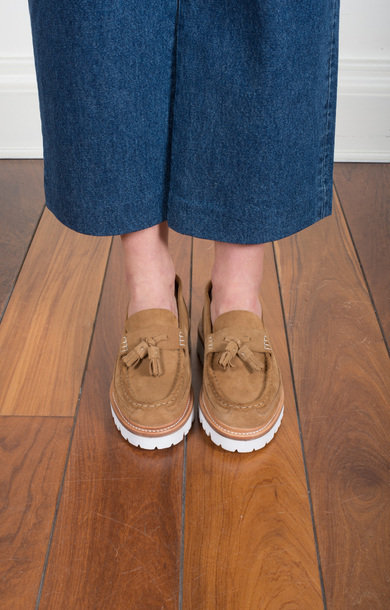 Bethany Suede Loafer Honey