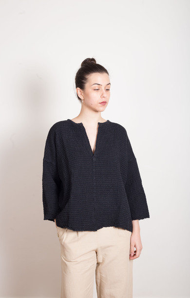 Woven Linen/Cotton Top Black