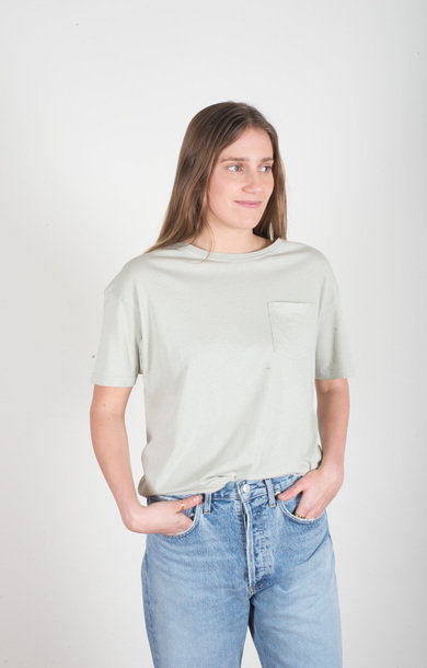 Loose Crew Neck Pocket T-shirt Green Tea