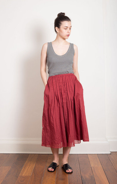 Cotton Pleat Berry Skirt