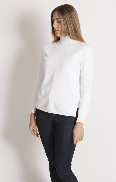 Oxiria White Sweater