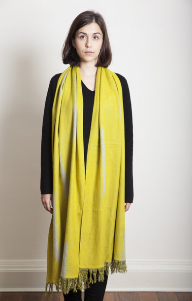 Makinui Shibori Travel Shawl Olive/Grey