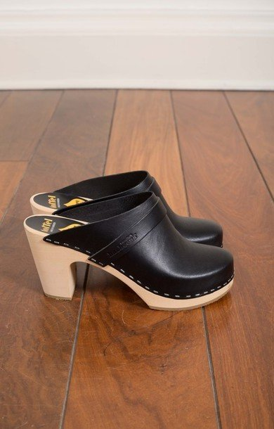 Slip In Super High Classic Clog Black
