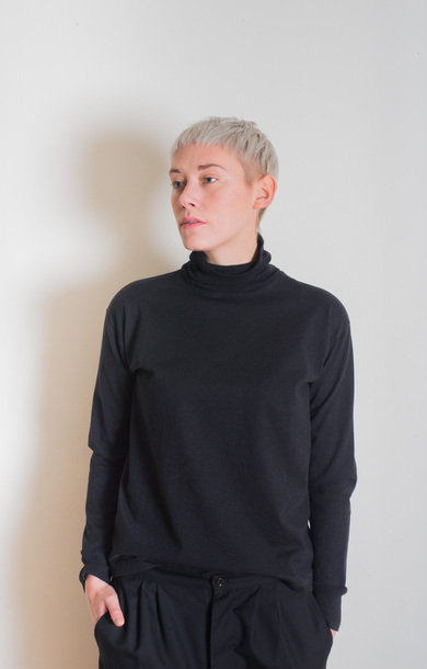 Turtle Neck Pullover Heather Black