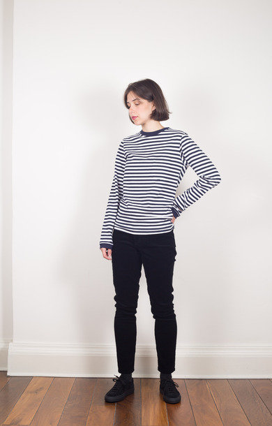 Narrow Stripe Long Sleeve Tee w. Pocket